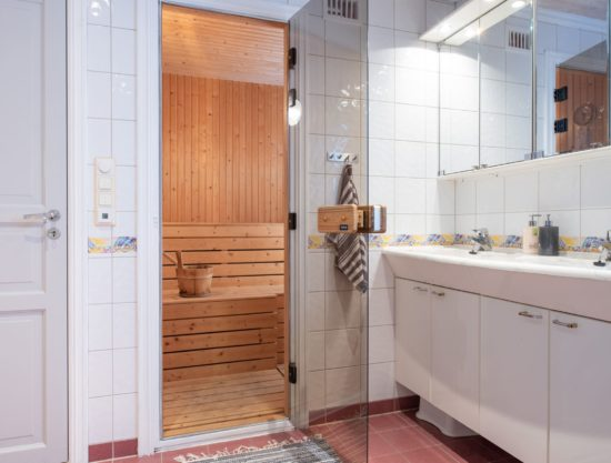 bathroom with sauna, cabin to rent in Trysil, Hytte 567