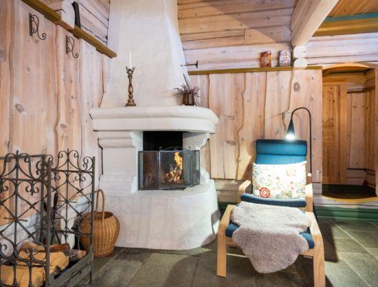 Bilde av peis og stue - Fageråsen 366C - Lei hytte i Trysil