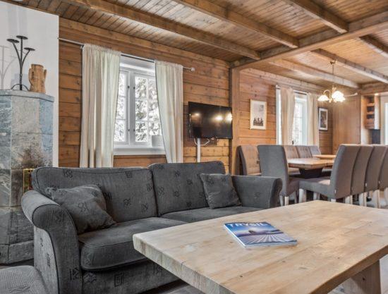stue og spisebord, leilighet til leie i Trysil, Knettlia 749D