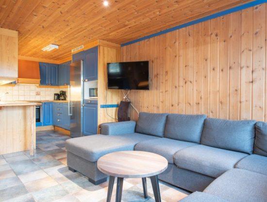 sofa og kjøkken, leilighet til leie i Trysil, Bakkebygrenda 7A