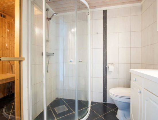 bathroom with sauna, apartment to rent in Trysil, Trysil Alpin 44B