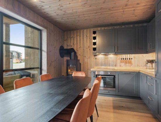 kjøkken og stor spiseplass, leilighet til leie i Trysil, Trysiltunet 26B