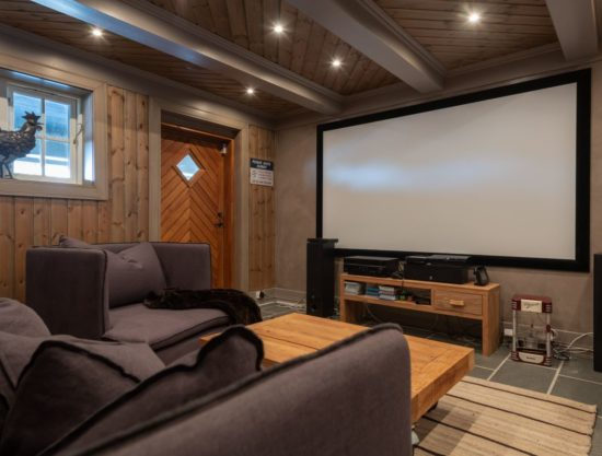 big tv room, cabin to rent in Trysil, Ugla 978