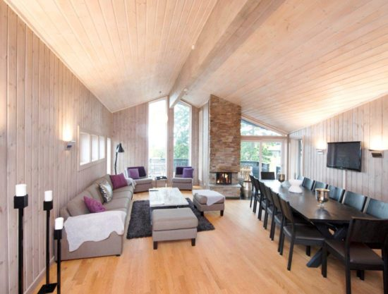 stor stue og spiseplass, hytte i Trysil til leie, Ugla 982