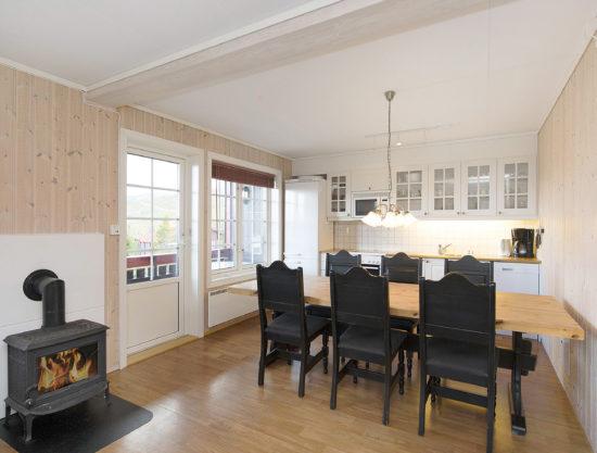 peis, spisebord, kjøkken, leilighet i Trysil til leie, Snøhvit 1188A