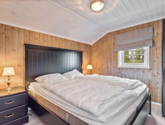 Bilde av soverom med dobbeltseng - Fageråsen 922A - Lei hytte i Trysil