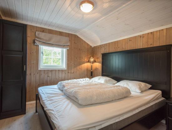 Bilde av soverom dobbeltseng - Fageråsen 922A - Lei hytte i Trysil