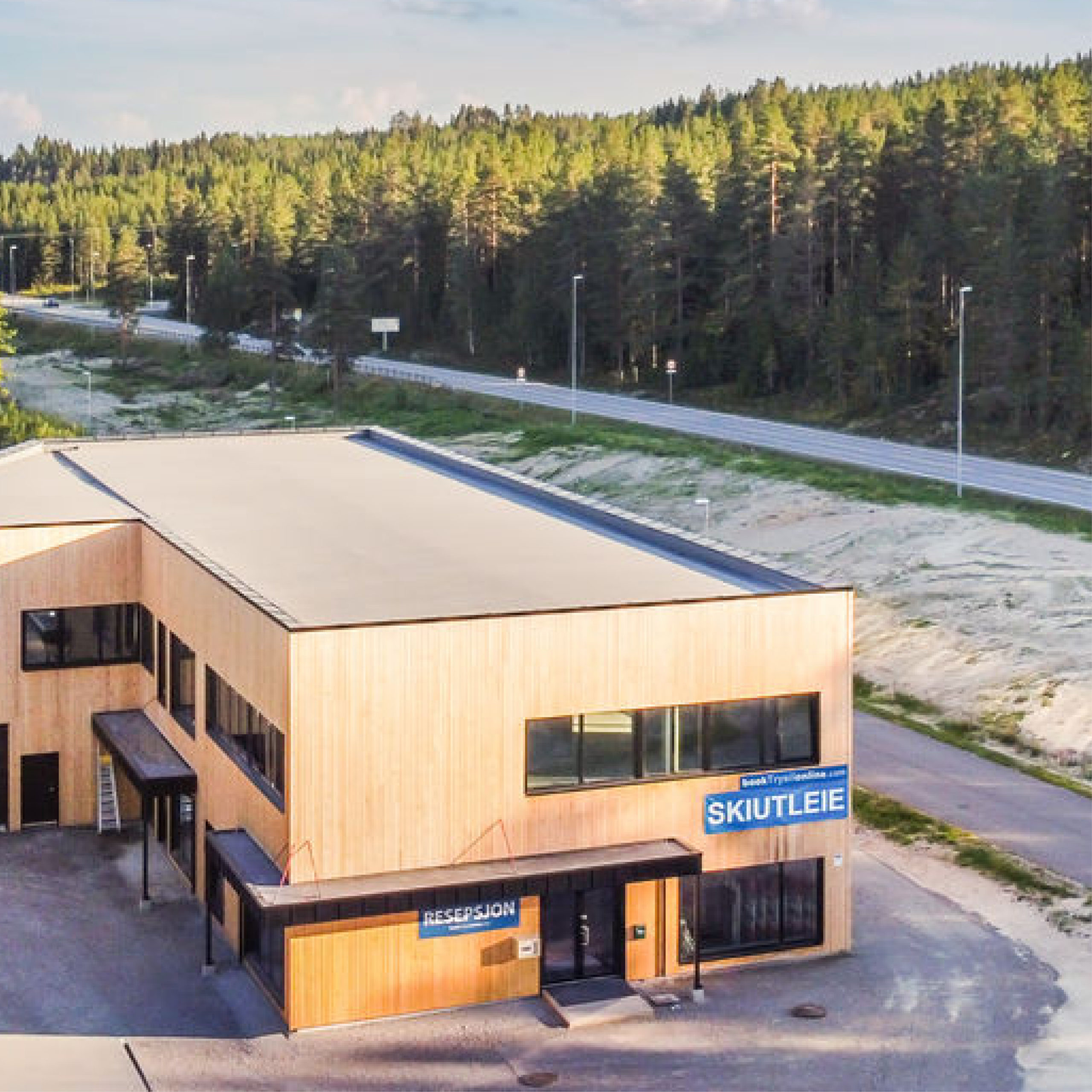 booktrysilonline ski rental and reception