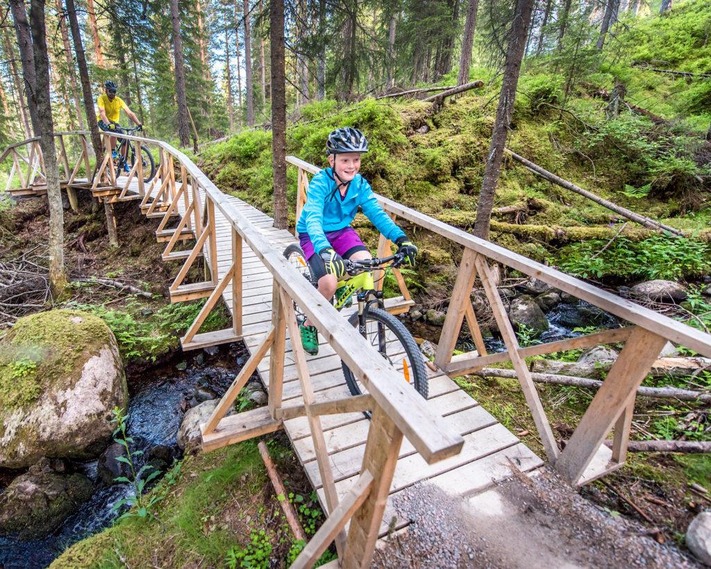 sykkel-trysil-trysil-bike-arena-foto-av-Hans-Nysaeter-booktrysilonline